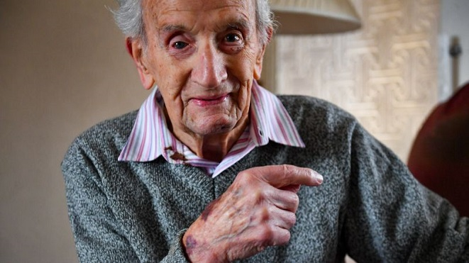 102 Year Old WW11 Veteran Fought Off Burglar
